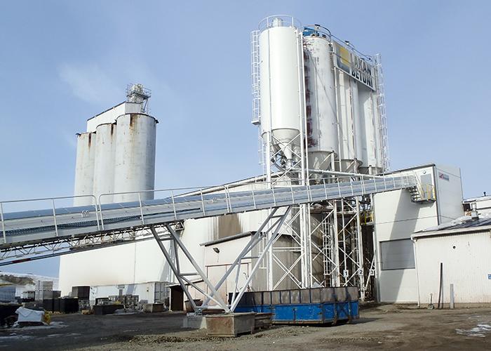 Betongfabrik för en produktfabrik Lakan betoni, Loppi, Finland.